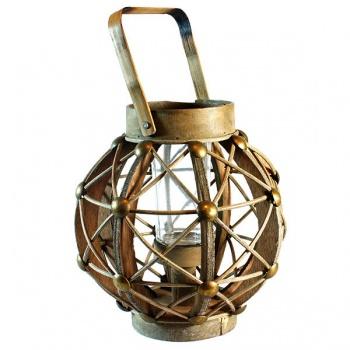 Dřevěná dekorační lucerna